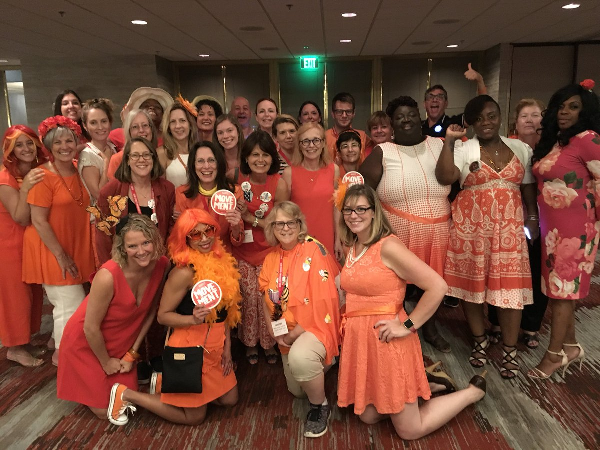 20180811 - @juliannemoore - @momsdemand New York Chapter received two awards at #GSU18 <br>http://pic.twitter.com/ZVNK3vZVIN