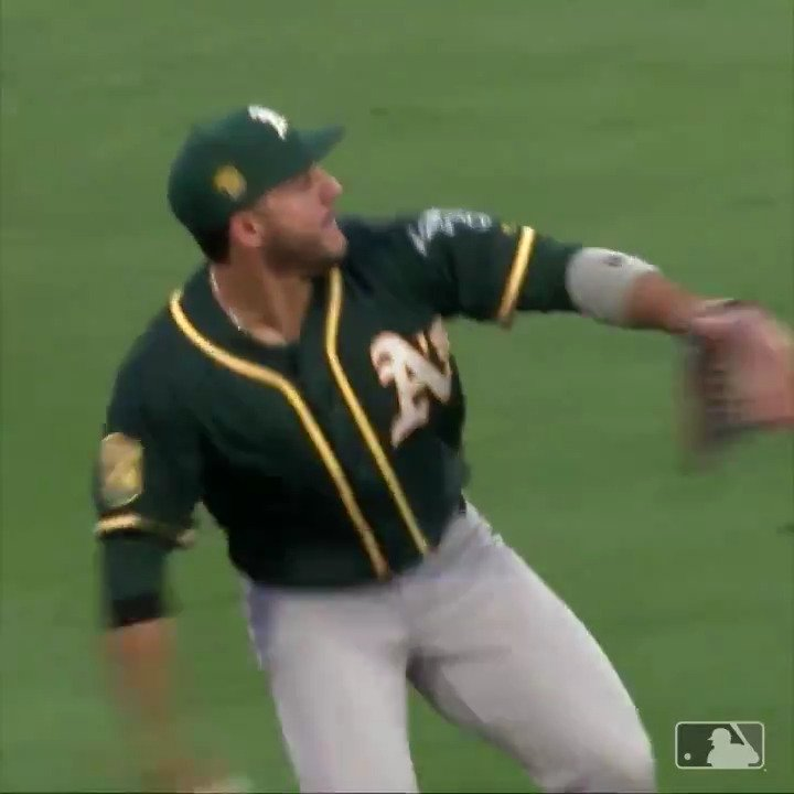 Video Of This MLB Outfielder's Unbelievable Throw Is Going Viral