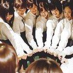 Image for the Tweet beginning: もうすぐ欅坂46アリーナツアー福岡ファイル始まる、いつもこの瞬間は緊張するな😳 今鳴いてるヲタク達はペンライト消すの忘れない様にね🙂 イキってマイノリティ気取るなよ〜🤗🤗🤗 それではビジネス円陣行ってくるばい😆✋🏻