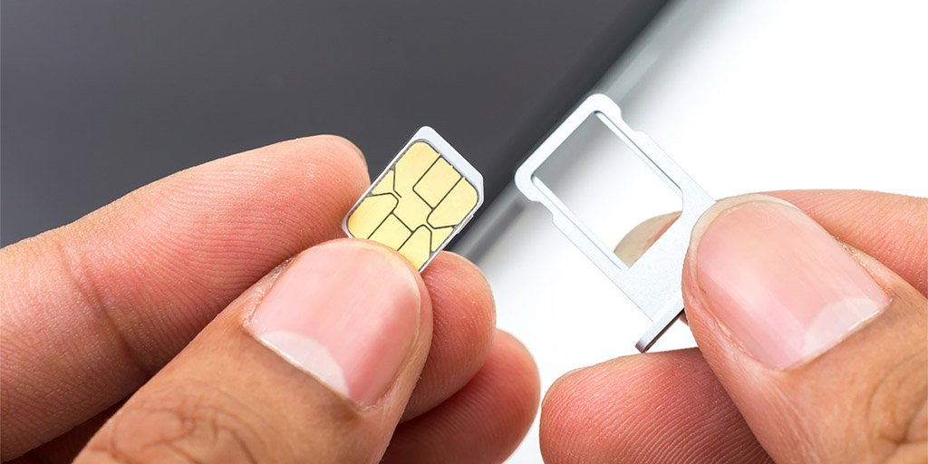 test Twitter Media - Oude smartphones belanden vaak in een la of zelfs in de prullenmand. Zonde! Je kunt er nog veel meer mee doen. We hebben een aantal opties voor je op een rij gezet. Incl. tips om je gegevens eenvoudig van je oude telefoon te verwijderen ;-) https://t.co/oZN5YqK2o0 #smartphone https://t.co/p7k3a7tWhT