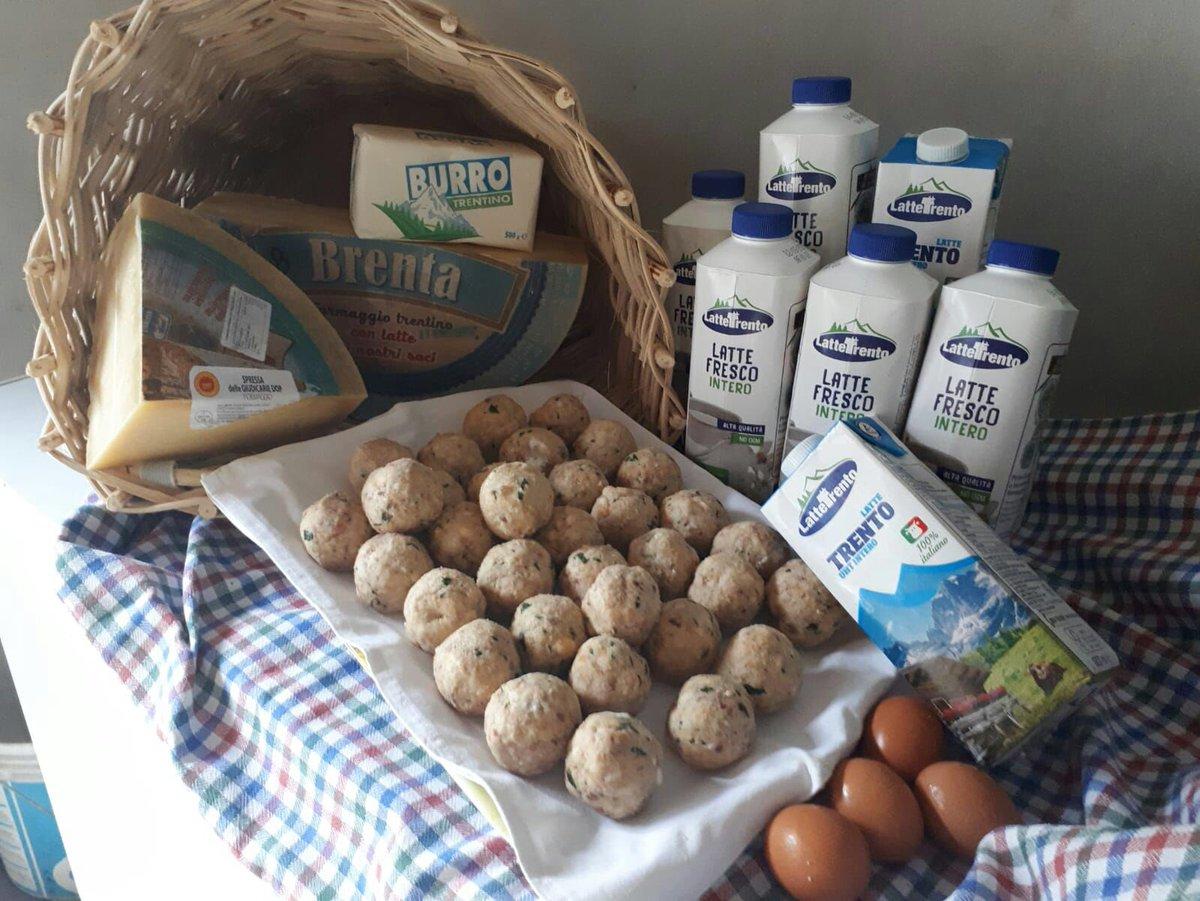 Ringraziamo Graziella Altini che ci segnala che il 18 agosto a Porte Di Rendena si terrà la festa del canederlo. 6000 canederli preparati #madeintrentino utilizzando anche i #prodotti #lattetrento   #ricette #qualita #cooking  - Ukustom