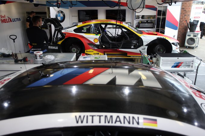 Are you prepared for another day of gripping #DTMBrandsHatch action? We are. Teams are getting the cars ready for FP3 at 10hrs local time. #WeKeepOnPushing Foto