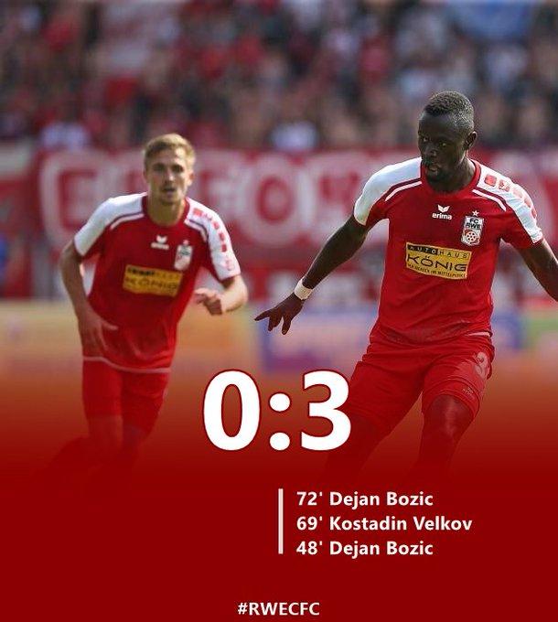 Wir verlieren das Spiel gegen den Chemnitzer FC 0:3. Danke an die Fans, die heute im #Steigerwaldstadion waren. #RWECFC Foto
