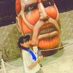 Image for the Tweet beginning: 来週のライブ😂🎤💕明日載せるね💗💗   巨人と会ってきたよ🤣🤣🤣 でかいヽ(゚Д゚;)ノナァヌヌヌヌゥゥゥ!!! 進撃の巨人ではリヴァイさんがスキ♡(´。•ㅅ•。`)