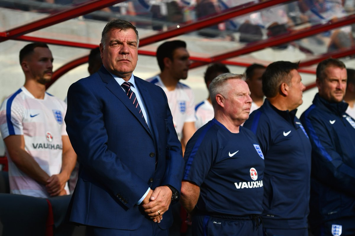 ALLARDYCE: I&#39;D HAVE BLOCKED OUT CROATIA   Sam Allardyce told GoalsOnSunday he would have been criticised for taking a defensive approach against Croatia in the World Cup semi-finals if he were England manager.  Full story   http:// skysports.tv/R3HjQC  &nbsp;  <br>http://pic.twitter.com/KMCHbTzynq