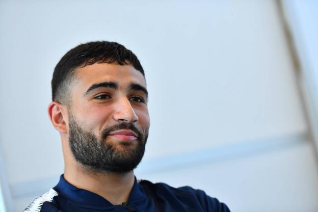 Nabil Fekir présente la Coupe du monde au Groupama Stadium http://ow.ly/zBUt30ln2pe  - FestivalFocus