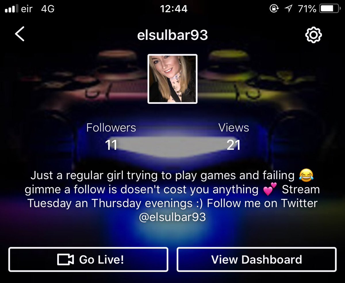 Lads I'm bawling with all the love THANK YOU ALL SOOOOO MUCH   #smallstreamer  #twitch  #smallmilestone  @TwitchTVOnline  @Livestream  @AGGchicks  @TwitchOnline  @Quickest_Rts  @girlstreamers<br>http://pic.twitter.com/RyJxKLvo7S