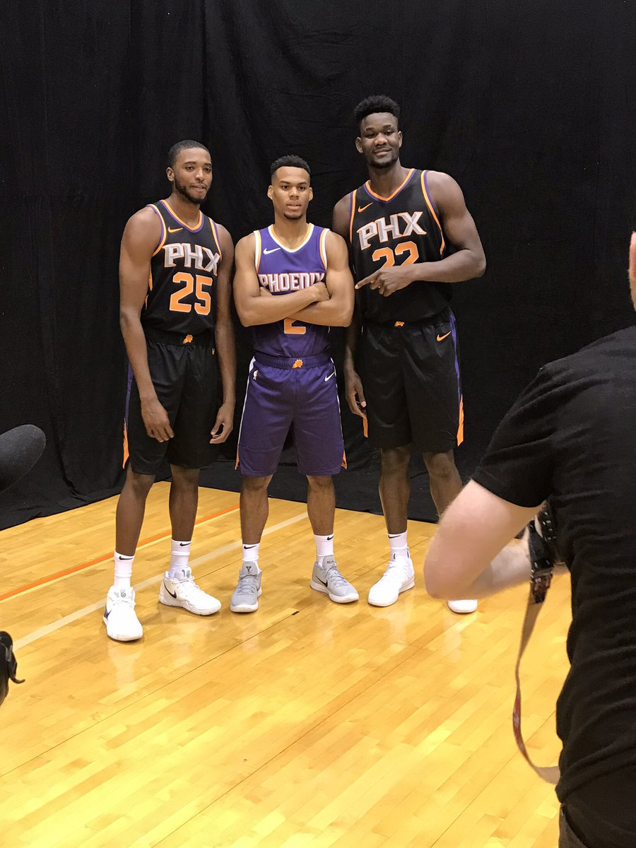 ☀️@Suns out early at the Rookie Photo Shoot