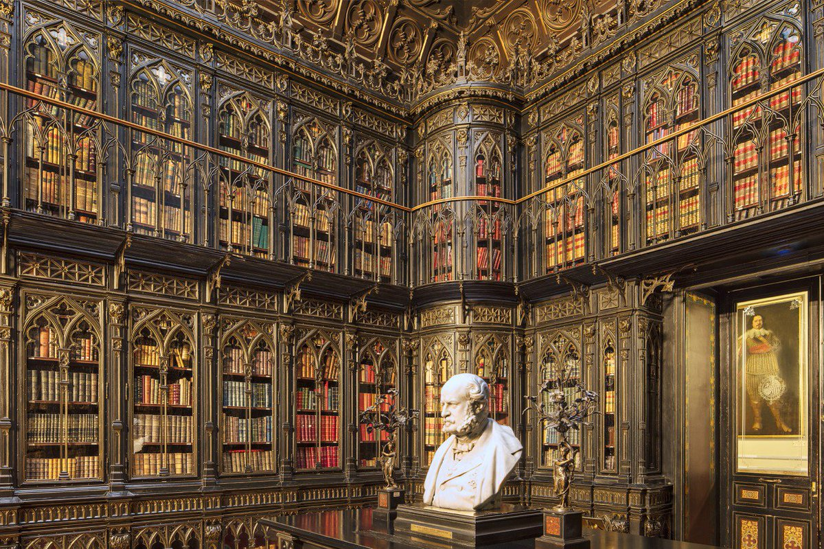#Design Awesome of the Day: Neo #Gothic Wooden #Library 📚 at the Senate of #Spain 🇪🇸 in #Madrid Photo 📸 Reinhard Görner via @ipagination #SamaPlaces 🗺️ #SamaDesign