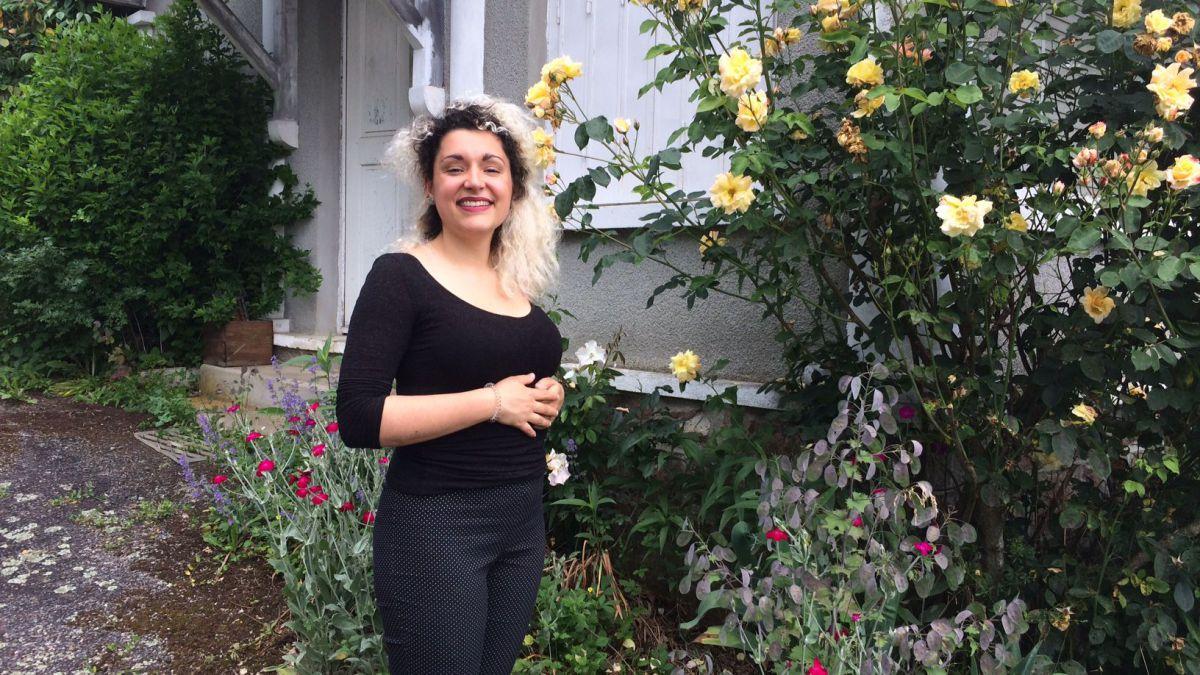 La jeune chanteuse haut-viennoise Agathe Denoirjean nous emmène dans sa maison de campagne, à Solignac. https://france3-regions.francetvinfo.fr/nouvelle-aquitaine/haute-vienne/petit-coin-paradis-agathe-denoirjean-1505805.html  - FestivalFocus