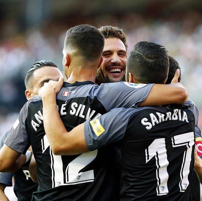 Feliz por el primer partido y primera victoria con la camiseta del Sevilla Foto