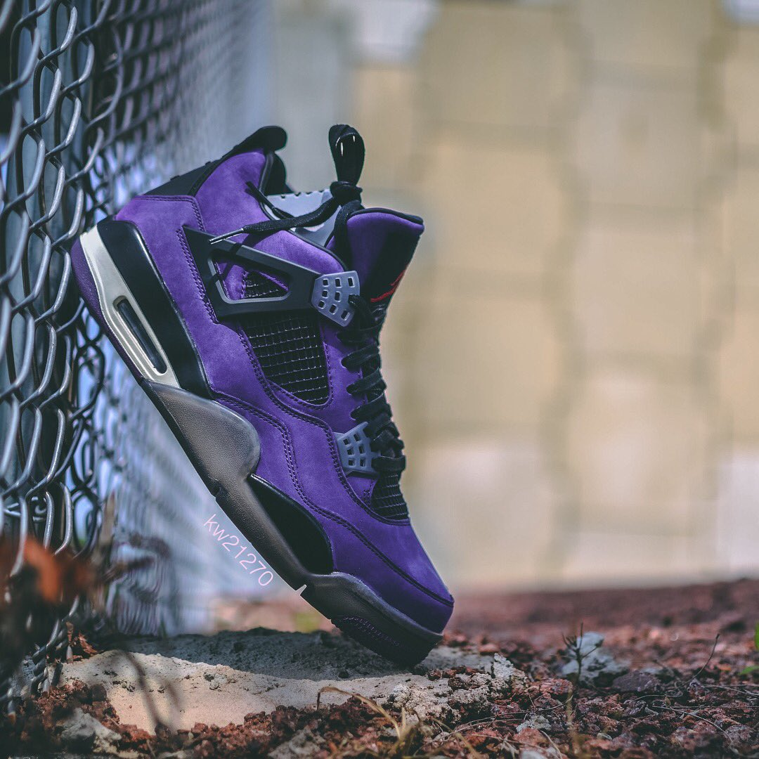"d61e1e7001a220 A detailed look at the purple ""Cactus Jack""  travisscott x Air Jordan 4.  📸  kw21270"