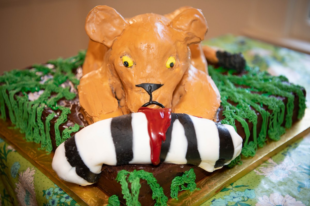 Outstanding Mbeisen On Twitter Cake 2 Request Was For A Lioness Cub Personalised Birthday Cards Cominlily Jamesorg
