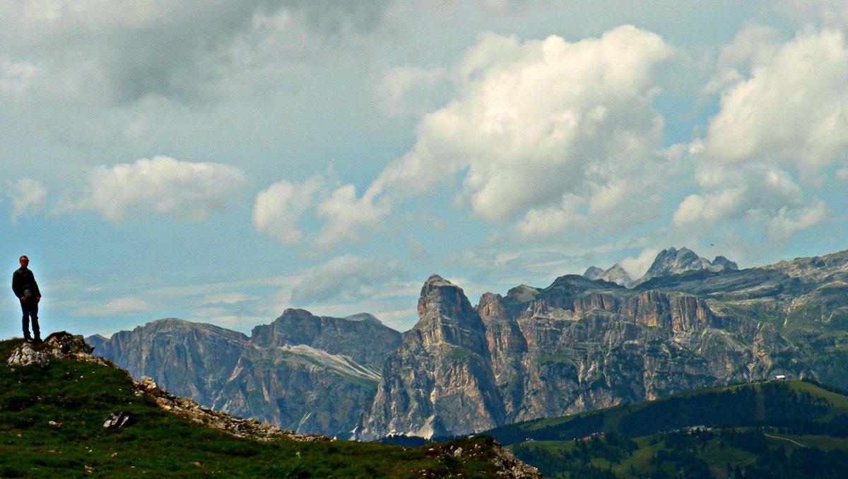 Buona Serata  http://escursionando.blogspot.it/2018/02/le-romantiche-dolomiti-dellalta-badia.html … … … … … … … … … … … … … … … … … @DorinoBon #Notte #Vacanze #Montagna #Dolomiti #AltoAdige #Lazio #Lombardia #ioraccontosancassiano  #AltaBadia #Neve #Sci #IlikeItaly #isola #Sanremo2018 #Amici18 #GF15  - Ukustom