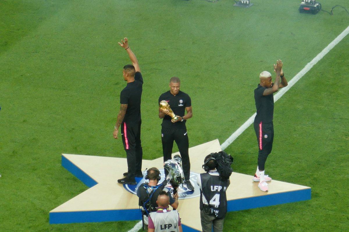 Champions du Monde !!! #Areola #Mbappe #Kimpembe @TitisduPSG #Mondial2018 @PSG_inside #PSG #TeamPSG #PSGSMC   - FestivalFocus