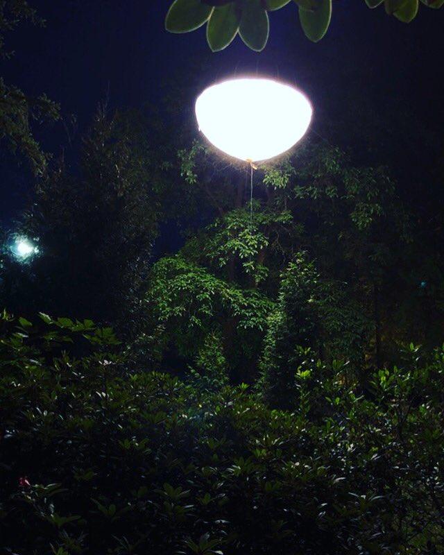 #balloonlighting in Northvancouver #tvseries @atomic2lighting #bcfilm #balloonlight https://t.co/tv6b6VIAiQ