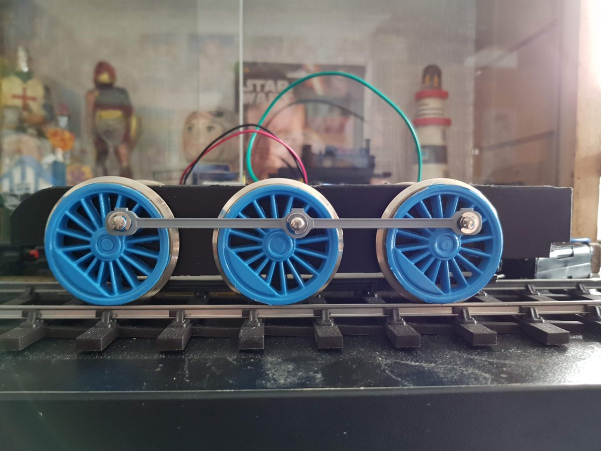 Thomas&#39; wheels have now had their final coats of blue applied and the masking removed. The chassis has also been filled and sanded smoothed and painted black. It still needs more smoothing and another coat but it at least gives a good idea of aesthetics. Very happy with the blue. <br>http://pic.twitter.com/WtAALMExr2