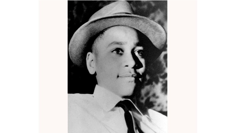 Racism is alive and well in Mississippi.  A sign honoring #EmmettTill's memory has been vandalized for the third time in its 5-year history:  https:// trib.al/dp7KkSV  &nbsp;  <br>http://pic.twitter.com/9VothbwbQt