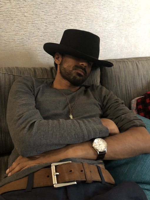 How's day three of @EHConCanada going? @VarunSaranga #WynonnaEarp Photo