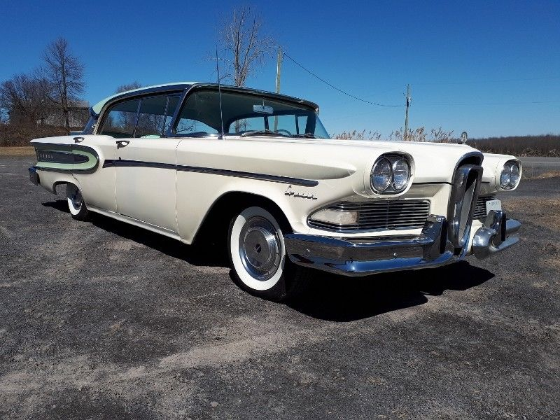 1958 #Edsel #Corsair 4-door hardtop; 410 cid E-475 engine, 4 bbl, 345 hp, Gross torque is a remarkable 475 ft lb @ 2600 rpm; Despite the addition of the ribbed #Citation decorative panel to the cove, this does appear to be a Corsair - note the interior is in the latter&#39;s style. <br>http://pic.twitter.com/4KoQnYStei