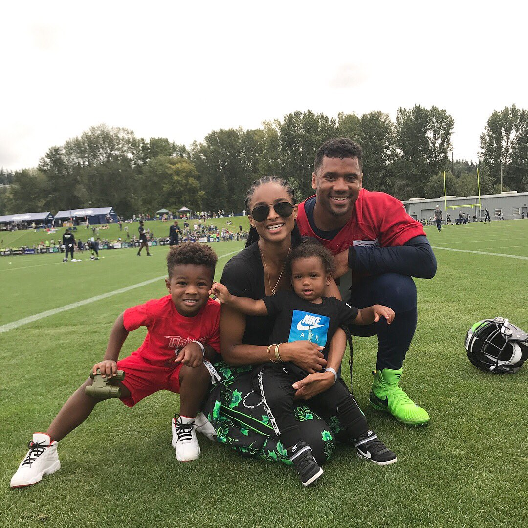 F is for #Family #Football and #Fun @DangeRussWilson ❤️🏈