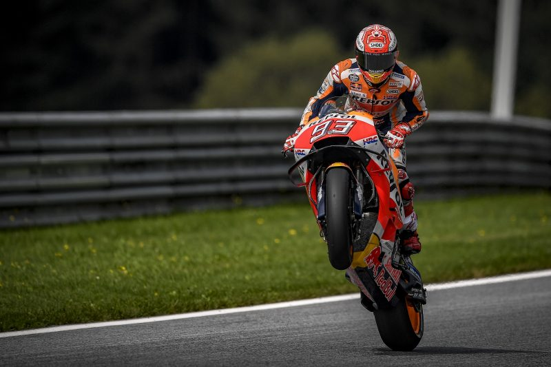 Repsol Honda - Marc Marquez increases his points lead, taking hard-fought 2nd in Austria; Pedrosa in 7th place  https:// motogp.hondaracingcorporation.com/report/marquez -increases-his-points-lead-taking-hard-fought-2nd-in-austria-pedrosa-in-7th-place/ &nbsp; …  #MotoGP #MM93 #DP26 #RedBullRing<br>http://pic.twitter.com/zBRxZfIKX6