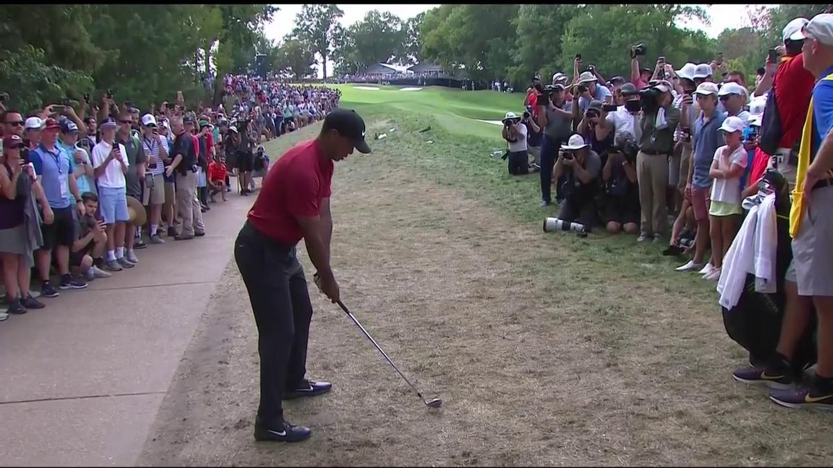Tiger Woods' Sunday at the PGA has been an incomprehensible, beautiful mess