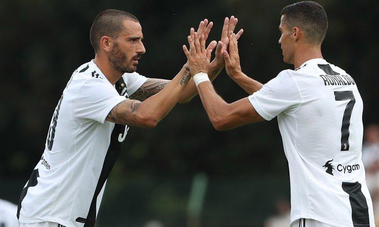 #Juve, senza #Chiellini il capitano è #Dybala: messaggio di #Allegri a #Bonucci [@LoreBetto] http://dlvr.it/QfgKmL  - Ukustom