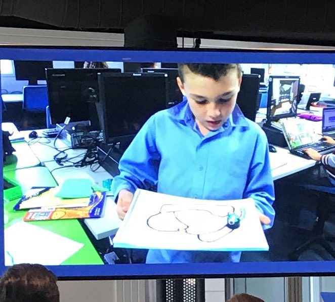So impressed with the celebration of learning and genuine passion for students in @NSWEducation schools demonstrated at #T4LAwards You really want these educators in front of your kids. So many run clubs of all sorts after school. Here Melrose Primary Students doing robotics Photo