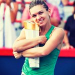 Image for the Tweet beginning: Simona Halep had to dig