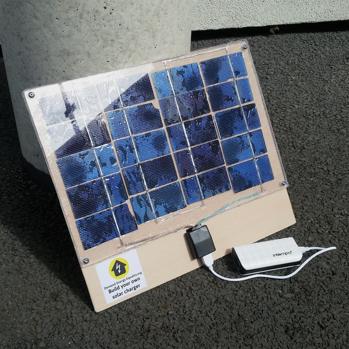 Diysolar Hashtag On Twitter Solar Charger Build Join Us In Lewisham To Learn How Your Own Panel From Scratch Https Demandenergyequalityorg Diy Pic 9dwmxceaks