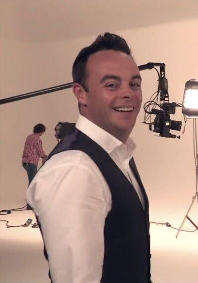 I totally adore this man #McPartlinMonday #AntMcPartlin  <br>http://pic.twitter.com/4Re7eKPFwO