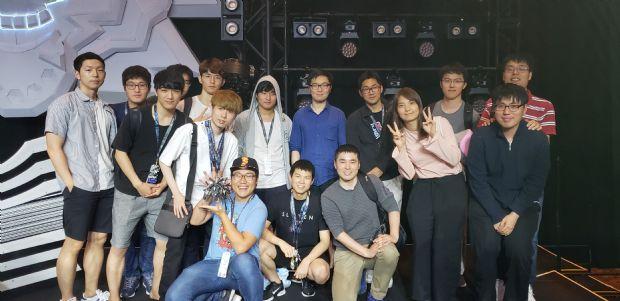 국제해킹방어대회 데프콘CTF26에서 한국팀 우승 https://t.co/d5fHDlGVQQ