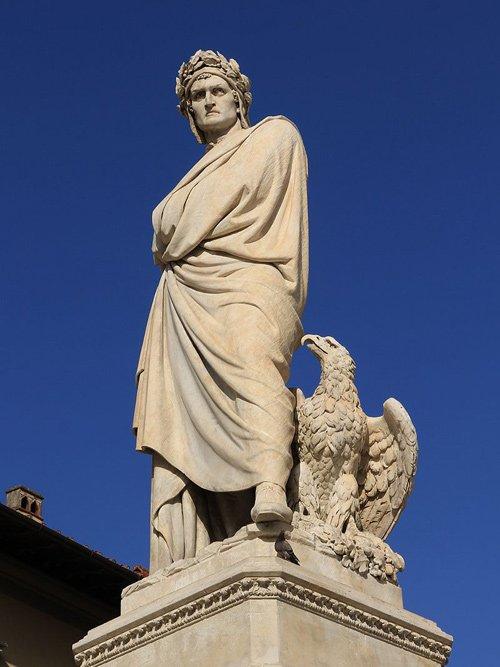 L'#Italia unita prese #Dante, lo portò in piazza e lo piazzò sul piedistallo.Ma oggi c\