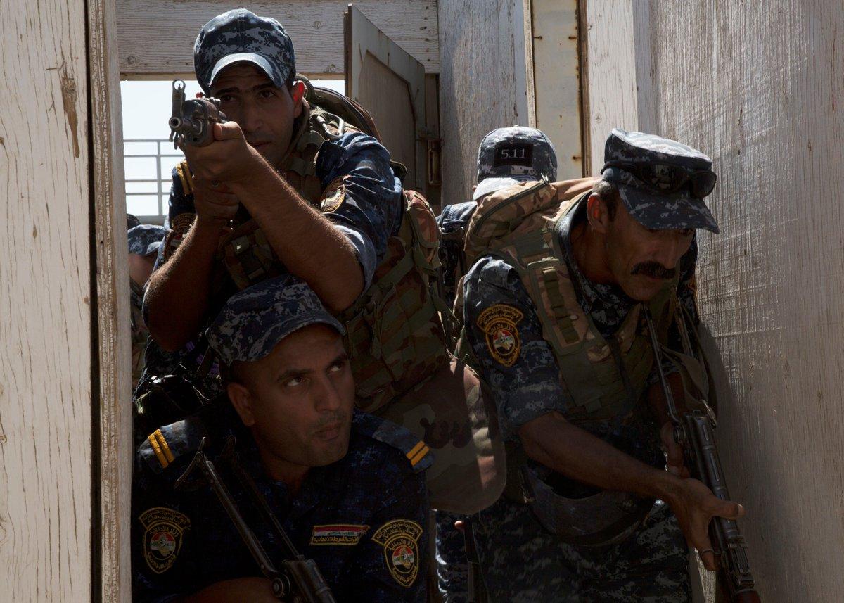 جهود التحالف الدولي لتدريب وتاهيل وحدات الجيش العراقي .......متجدد - صفحة 3 DkdWw01UwAYo-F8