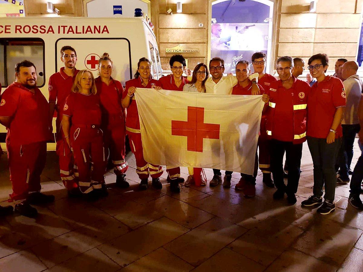 Il Ministro della  Giustizia  Alfonso Bonafede, visita la postazione dei volontari e ringrazia la Croce Rossa per l\