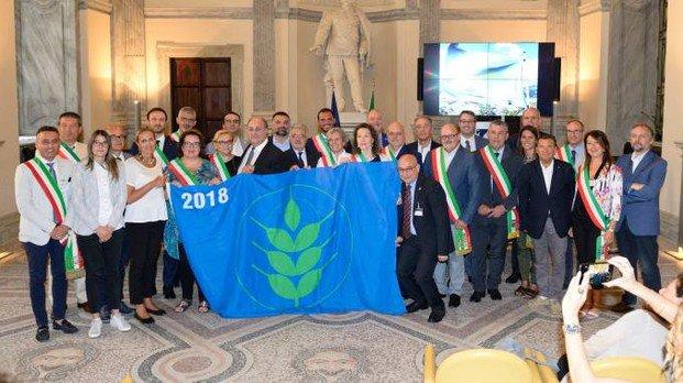 """""""Spighe verdi"""", in #Toscana sono cinque i Comuni premiatiCastellina in Chianti, Massa Marittima, Castagneto Carducci, Fiesole e Bibbona, premiati a Roma per l\"""