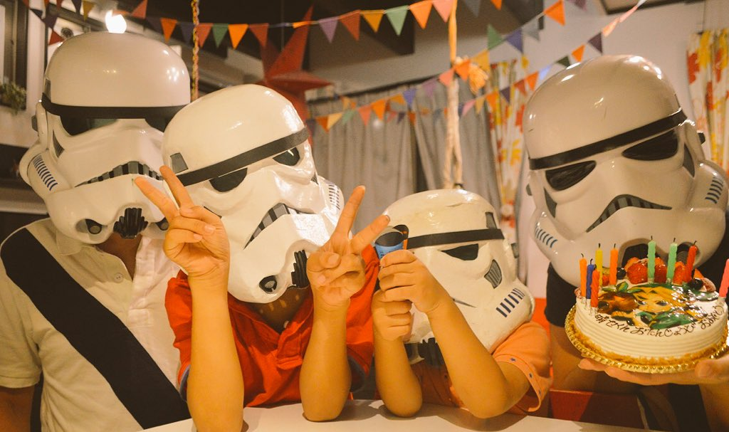 Happy 9th birthday Tiny Imperial Stormtrooper! <br>http://pic.twitter.com/FtVGCegdHB