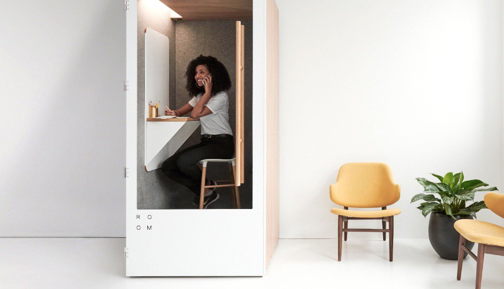 Endlich Ruhe: Dieses Startup versorgt Großraumbüros mit schalldichten Telefonzellen https://t.co/UjXkbZr4y4 https://t.co/YZpR01wJWE