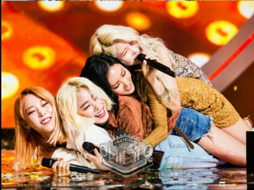 Hello Please RT n follow!!! This is a twt acc created specifically to get HUGE youtubers to react to @RBW_MAMAMOO in order to get that exposure n recognition for mmm. With moomoos help we will collectively hold events where we target youtubers to react to mmm. So please follow us <br>http://pic.twitter.com/rkdNXA8JS5