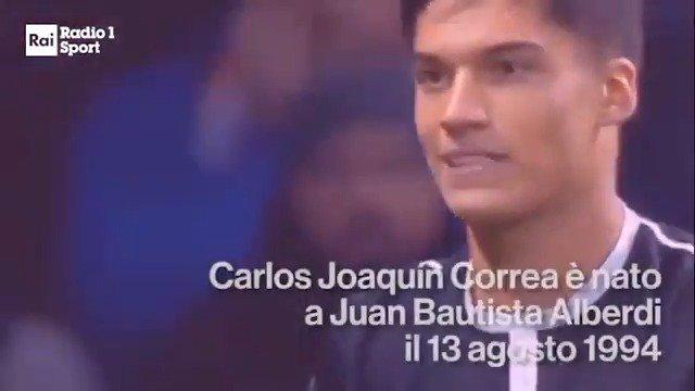 #JoaquínCorrea è un talentuoso giocatore offensivo acquistato dalla #Lazio  per sostituire Felipe #Anderson. Un vero e proprio jolly a disposizione di Simone #Inzaghi. Scopriamolo insieme nella rubrica di #Radio1Sport sul calciomercato  @OfficialSSLazio @tucu_correa #14agosto  - Ukustom