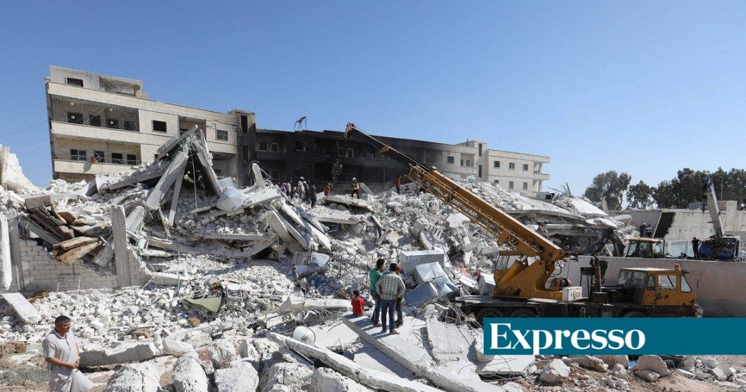 Explosão em edifício residencial na Síria mata pelo menos 39 pessoas, incluindo 12 crianças... https://t.co/Wa78hJaFuY