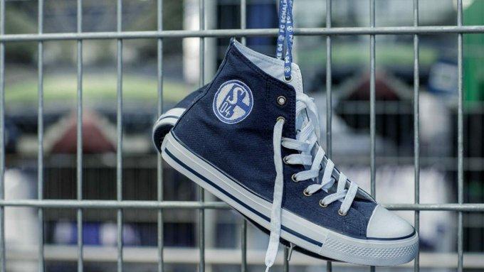 Wichtige Info an alle Schnäppchenjäger: Der Zeltverkauf vom #SchalkeTag 2018 (Rabatte bis zu 50%) wird verlängert! Details hier: #S04 Foto