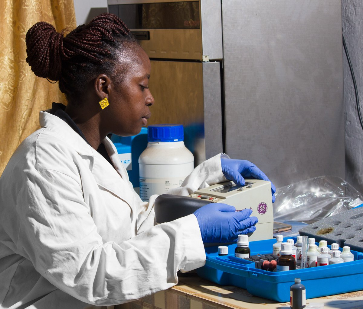 Techwomen On Twitter Eloftheday Ernestine Of Sierraleone Works As A Forensic Analyst The Sierraleone Police Department She Is Eager To Share Her Expertise In Scientific Investigation Drug Analysis Presentation Of