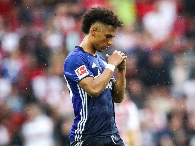 🔗 Ainda falando sobre o Paris Saint-Germain, o Schalke 04 anunciou a venda do promissor defensor Thilo Kehrer (21) para o clube francês por cerca de €37 milhões. O jovem é uma das grandes joias formadas pela base da equipe de Gelsenkirchen nos últimos anos. Photo