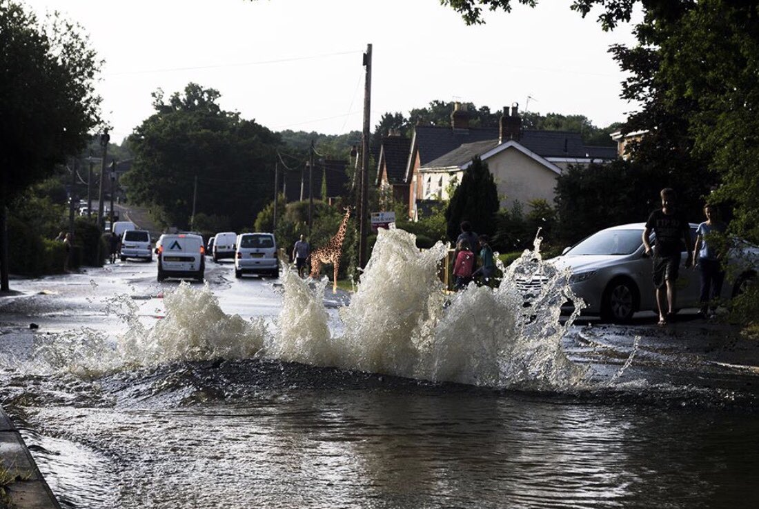 A burst water main on the B2125 in Crowborough, East Sussex is causing traffic chaos. Avoid if possible.