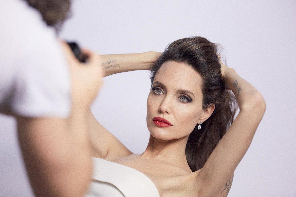Fãsde Angelina Jolie On Twitter Angelina Jolie Fala Sobre