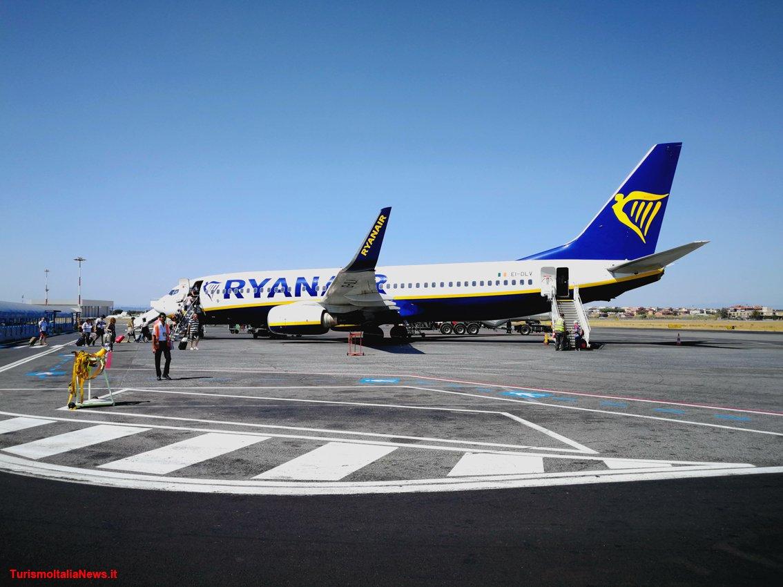 Ryanair lancia la nuova rotta da Pescara a Bucarest: dalla fine di ottobre due voli a settimana #Ryanair #PESCARA #Abruzzo #lowcost #Bucarest @YourAbruzzo Leggi la notizia http://goo.gl/hoqVn7  - Ukustom