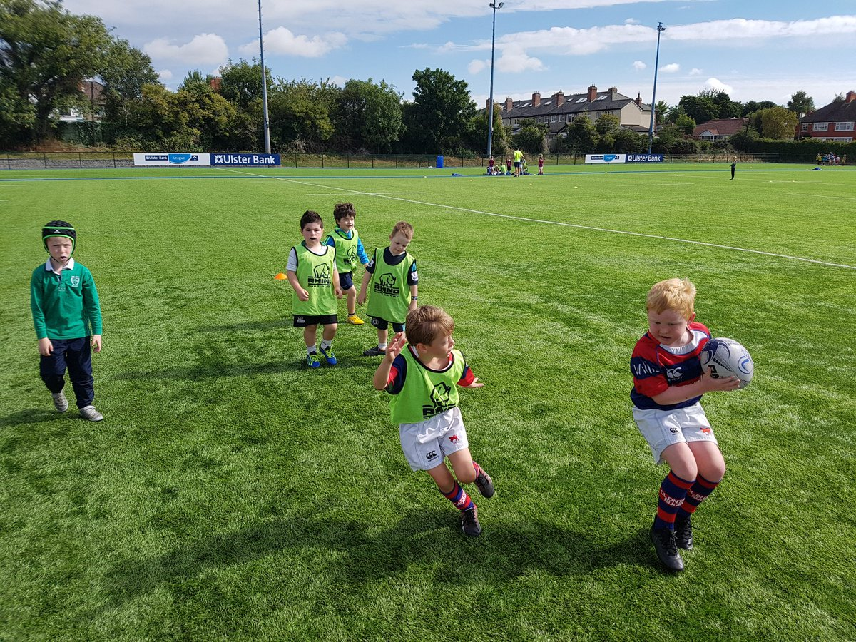 1st day of the biggest camp in our @LeinsterBranch #BOIRUGBY camp smiles all round. @ClontarfRugby @bankofireland. #FromtheGroundUp <br>http://pic.twitter.com/WY7Yp2v3yU
