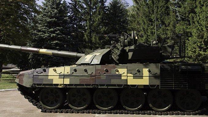 Порошенко рассказал о новом украинском танке Photo